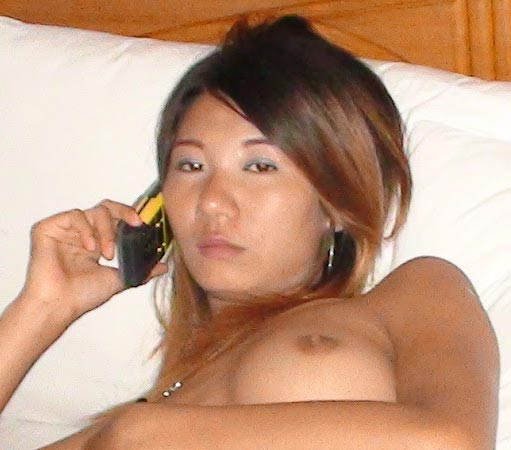 Asia Frauen am Telefon