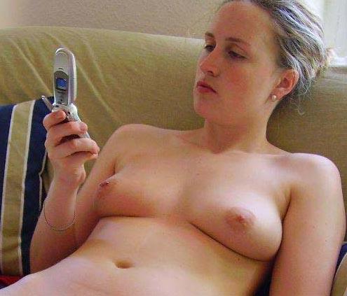 zu den videos auf https://sextelefongirls.com/handy-sex-videos/